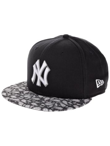 New Era NY Yankees Team Paisley Cap