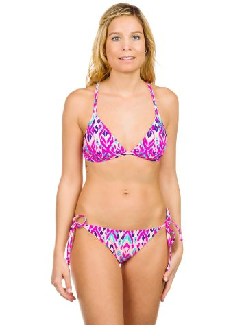 Roxy Morrocan Moon Fixed Tri + 70s String Bikini