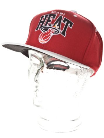 Mitchell & Ness Miami Heat Offside Arch Cap