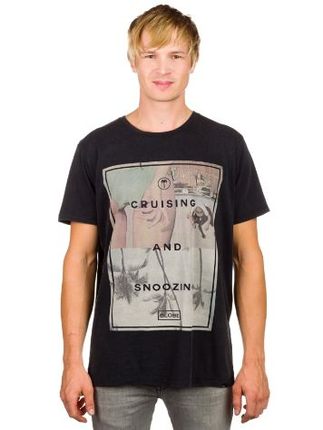 Globe Cruising T-Shirt