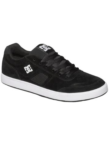DC Cue Skate Shoes