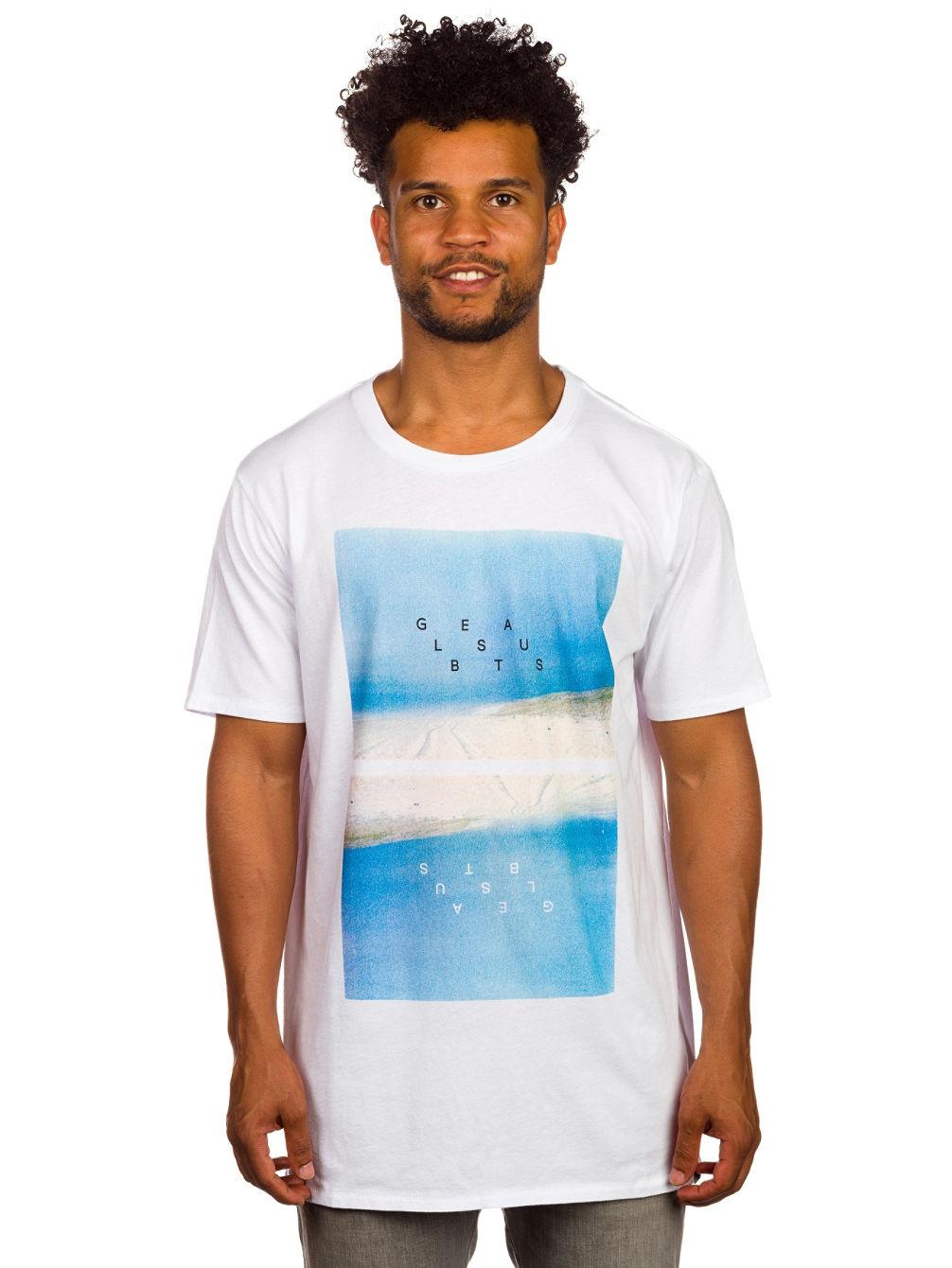 globe-landscape-t-shirt