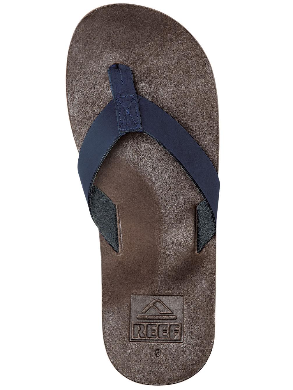 reef-voyage-sandals