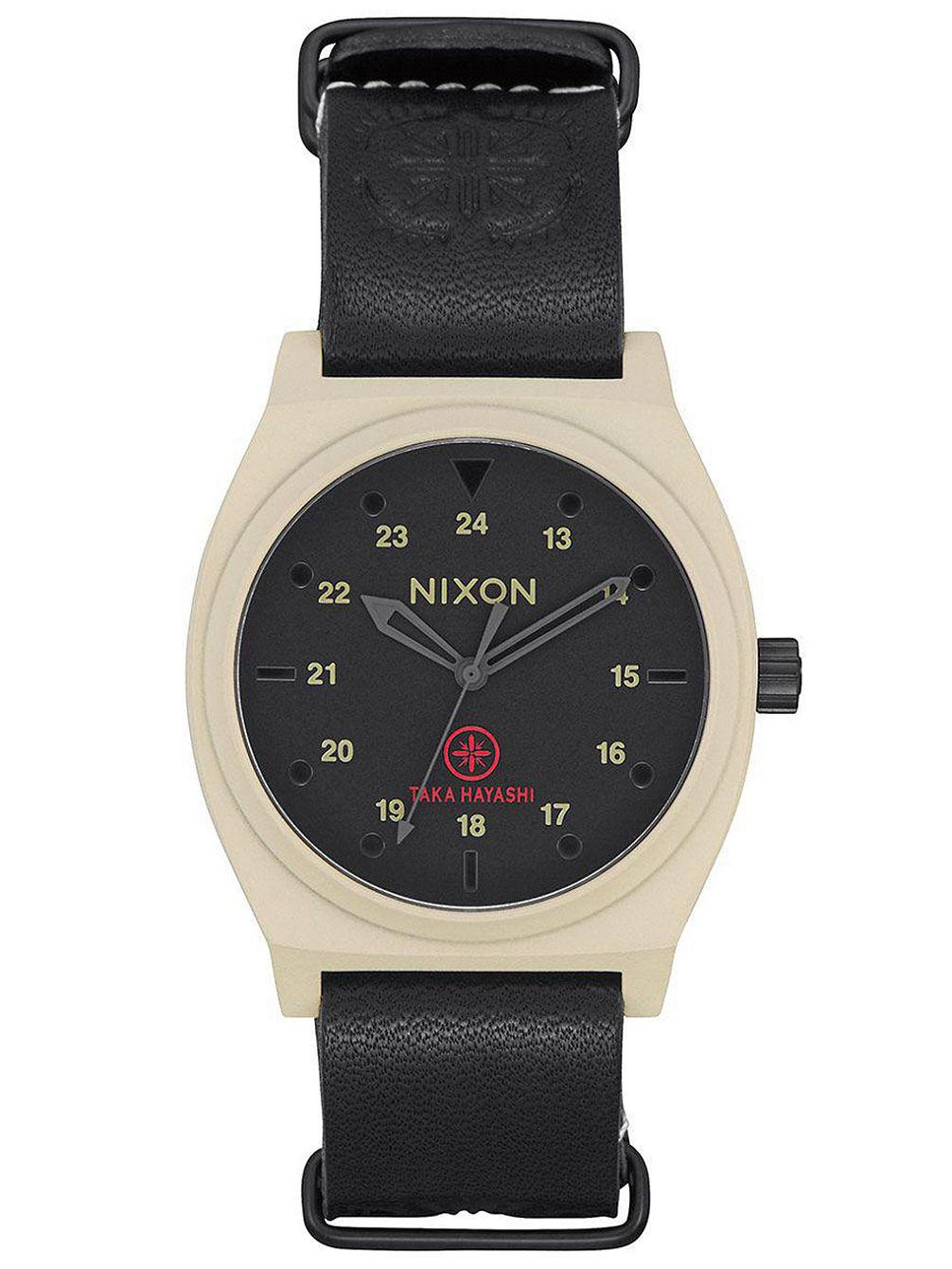 nixon-the-time-teller