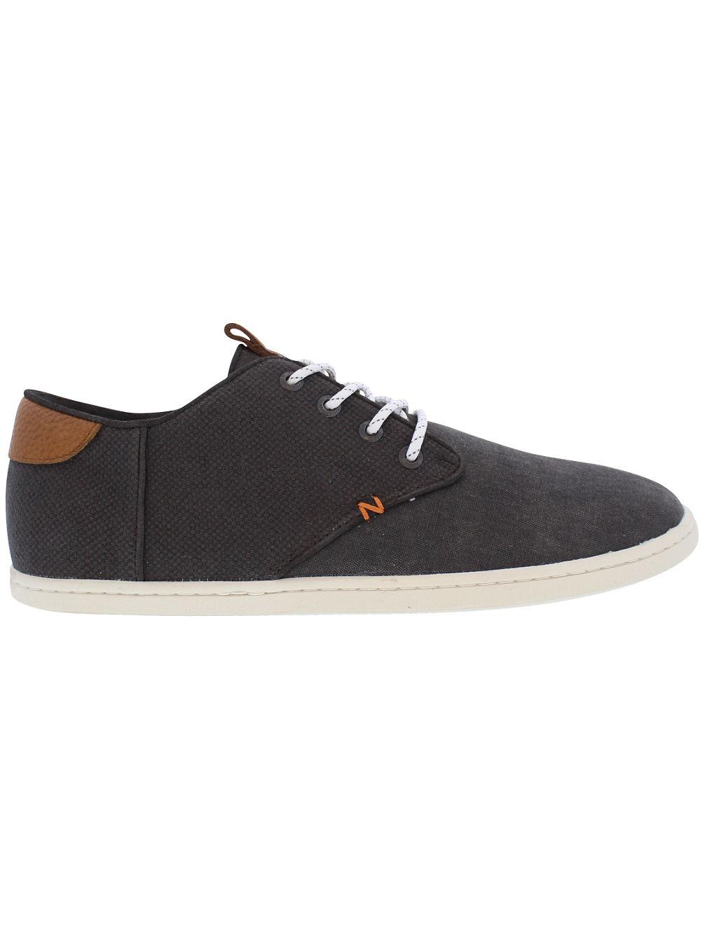 hub-chuck-onian-sneakers