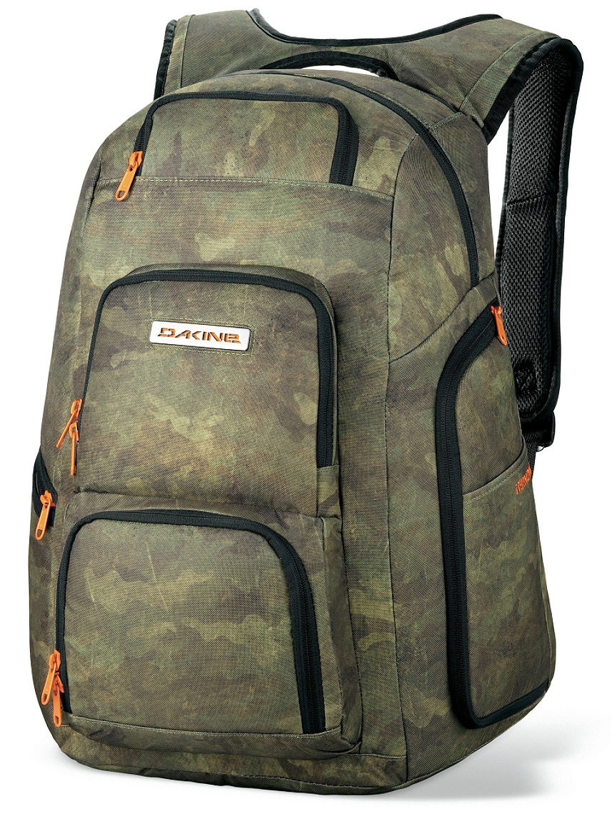 Buy Dakine Terminal Backpack online at blue-tomato.com